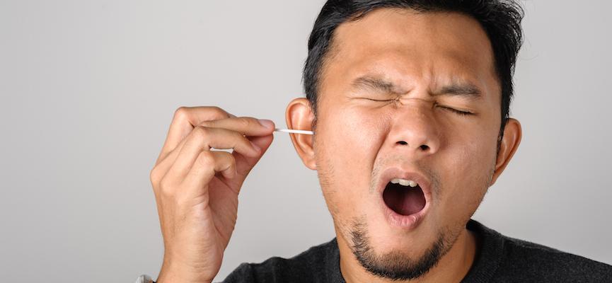 3 Sebab Kenapa Korang Tak Perlu Korek, Doktor Ini Jelas Fungsi Sebenar Tahi Telinga